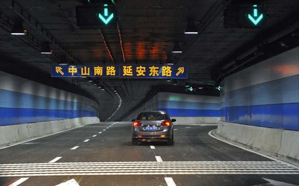 上海外滩通道